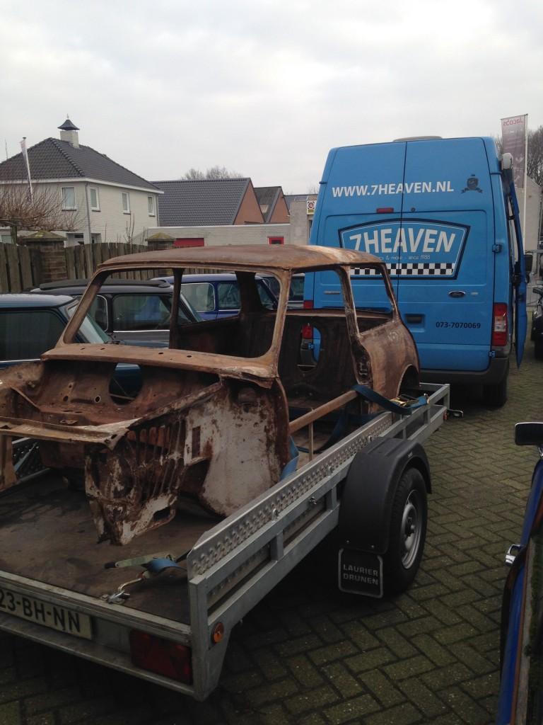 Mini 1275 GT koets restauratie